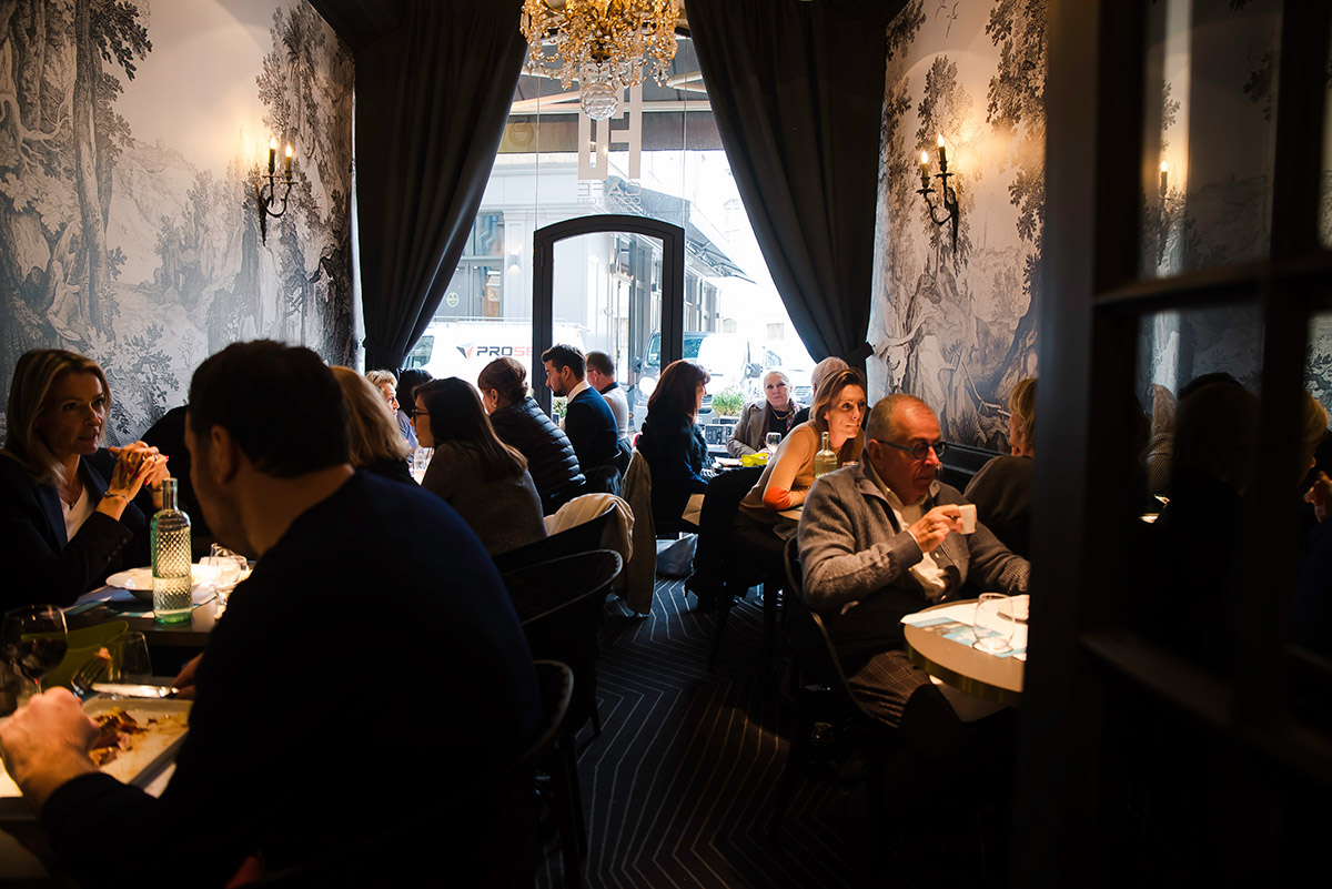 Restaurant lyonnais café-comptoir
